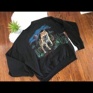 Vintage wolf night scene long sleeve sweatshirt